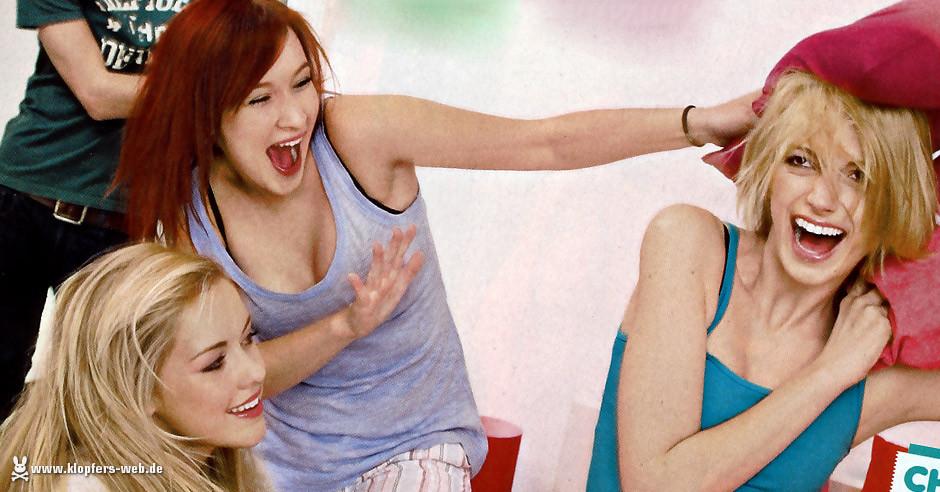 Foto-Lovestory: (Küsse statt) Kissenschlacht